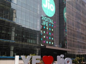 Reliance Jio 1000 Rs 4G LYF mobile phone Online Booking